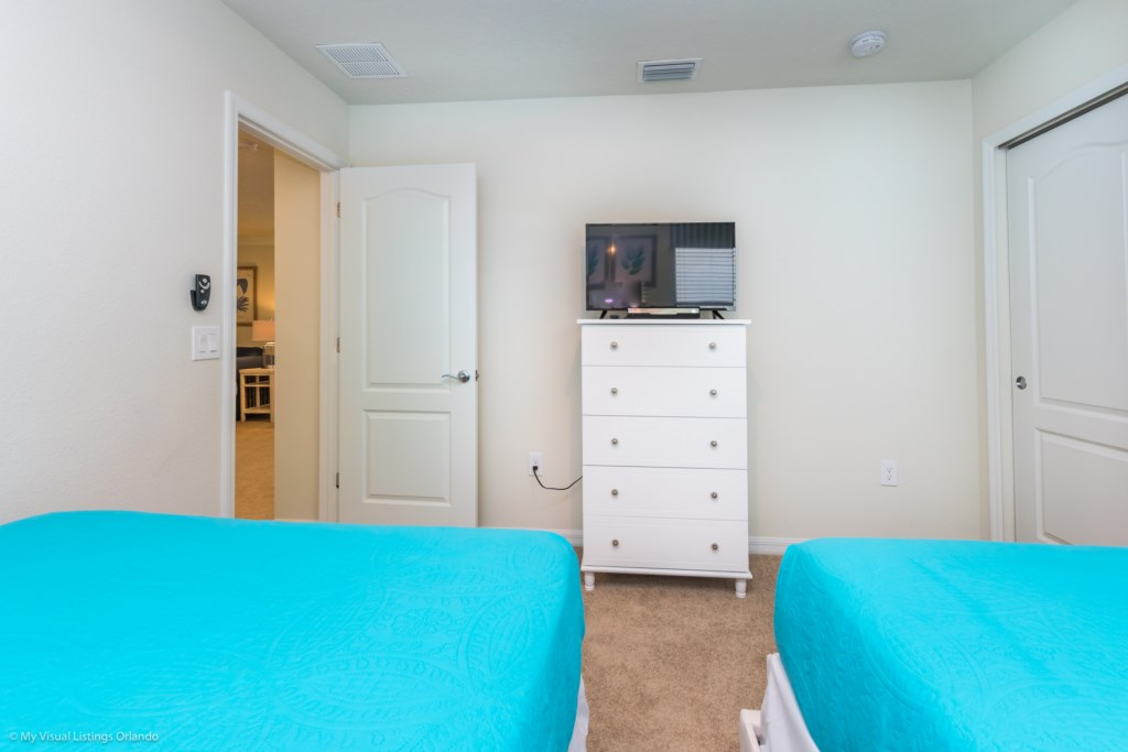 View 3 of fun 2 queen size beds with closet and flat screen TV