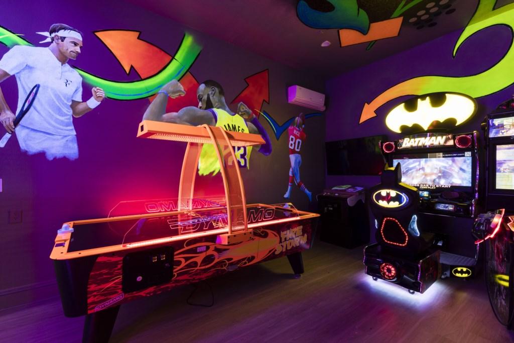 Arcade Room-6.jpg