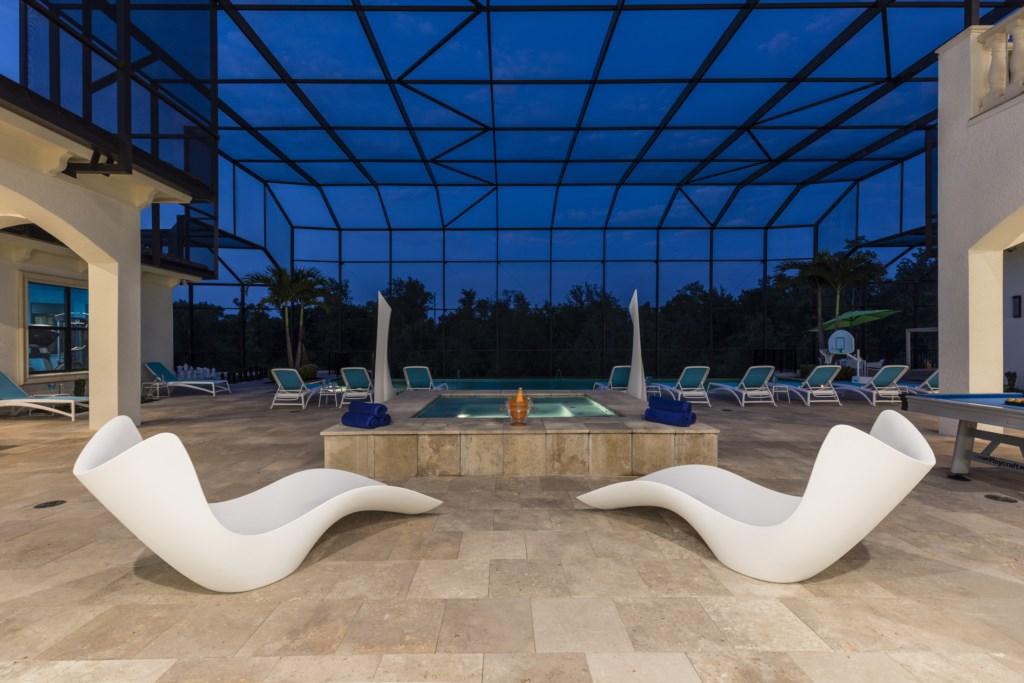 Pool  Twiight-1.jpg