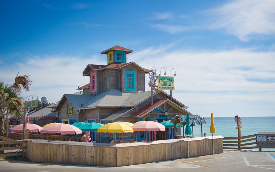 World famous Pompano Joes Restaurant and Tiki Bar