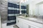 Suite Master 3 - Bath.jpg
