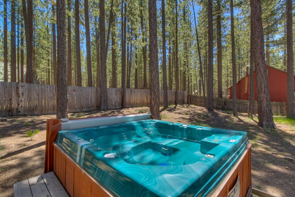 'the hot tub was perfect after a long day of sking' - Review Matt
