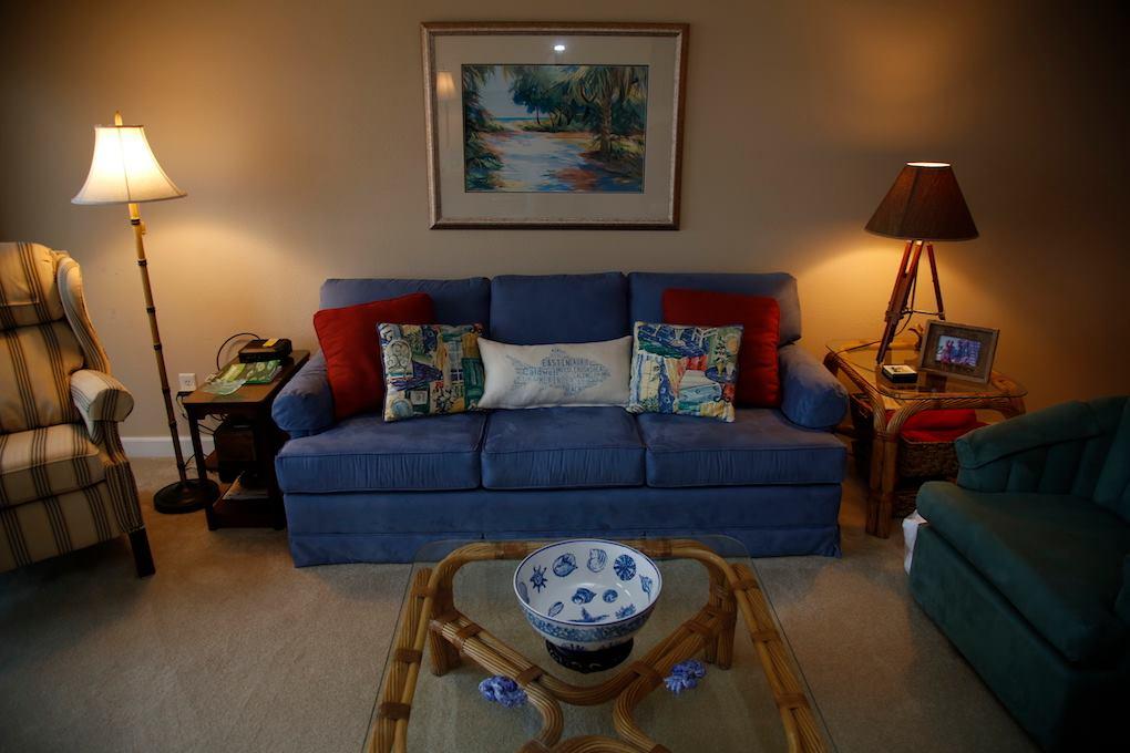 D31-Living Room.jpg