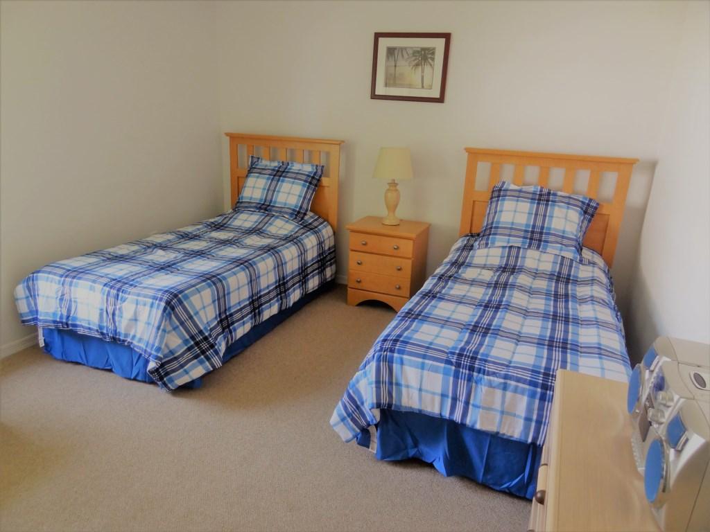 146twinbedroom