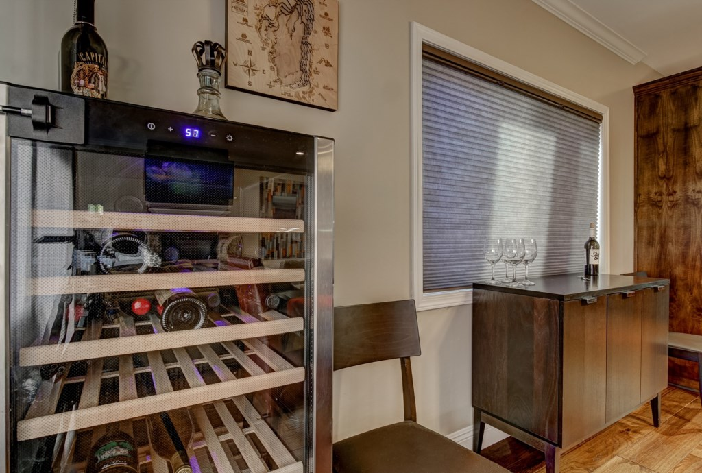 Wet Bar area with cooler to create your favorite drinks