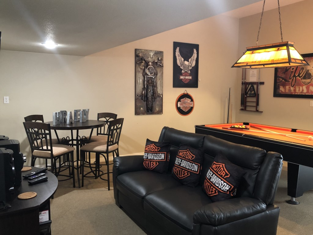 Games Room seating