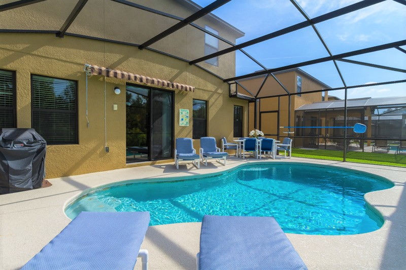 South facing private pool in Orlando, Florida