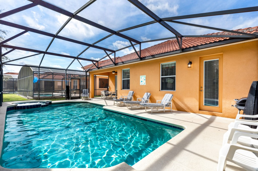 Private pool with spa in Kissimmee