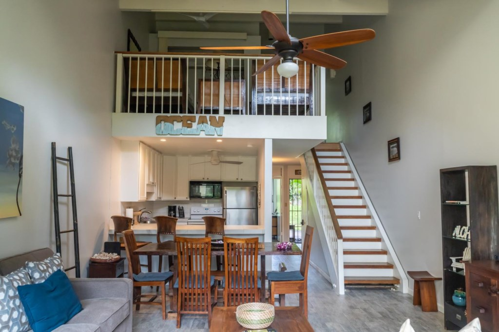 Enjoy our North Shore Loft Townhome