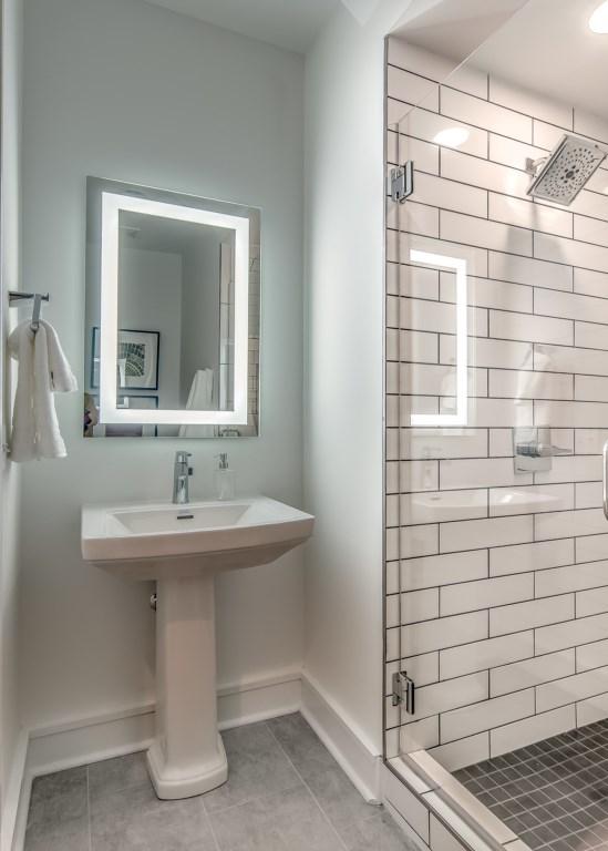 Bathroom-Glass-Walk-In-Shower