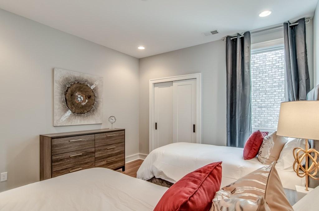 Bedroom-2-Beds