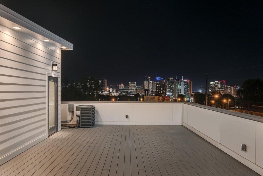 Rooftop views!