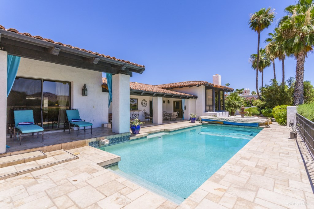 Pool-and-Covered-Patios.jpg