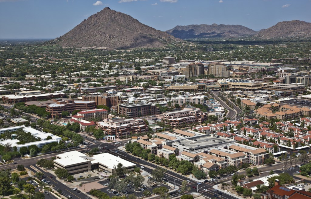 Camelback Mountain hiking & outdoor activities - minutes away!