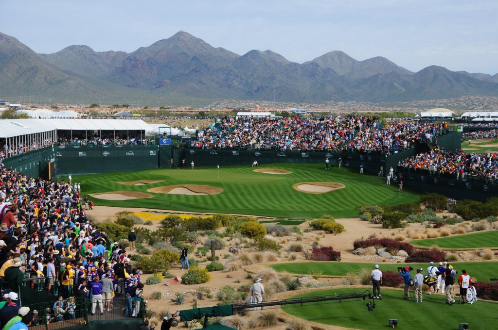 Phoenix Open & TPC Golf Course - minutes away!