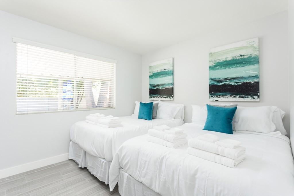 Bedroom-With-2-Beds.jpg