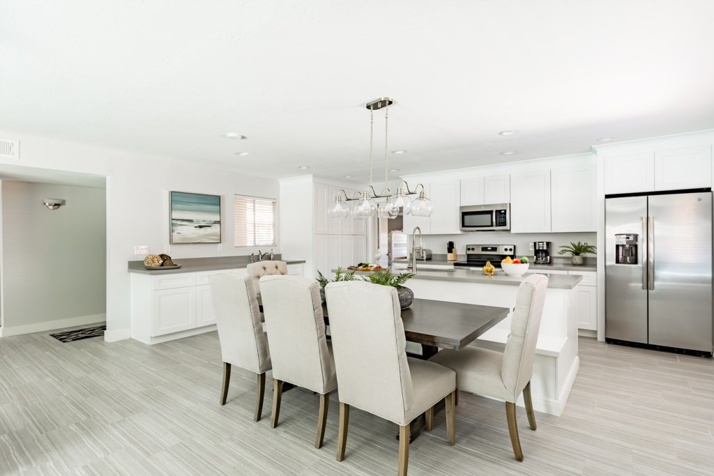 Kitchen-and-Dining-Table.jpg