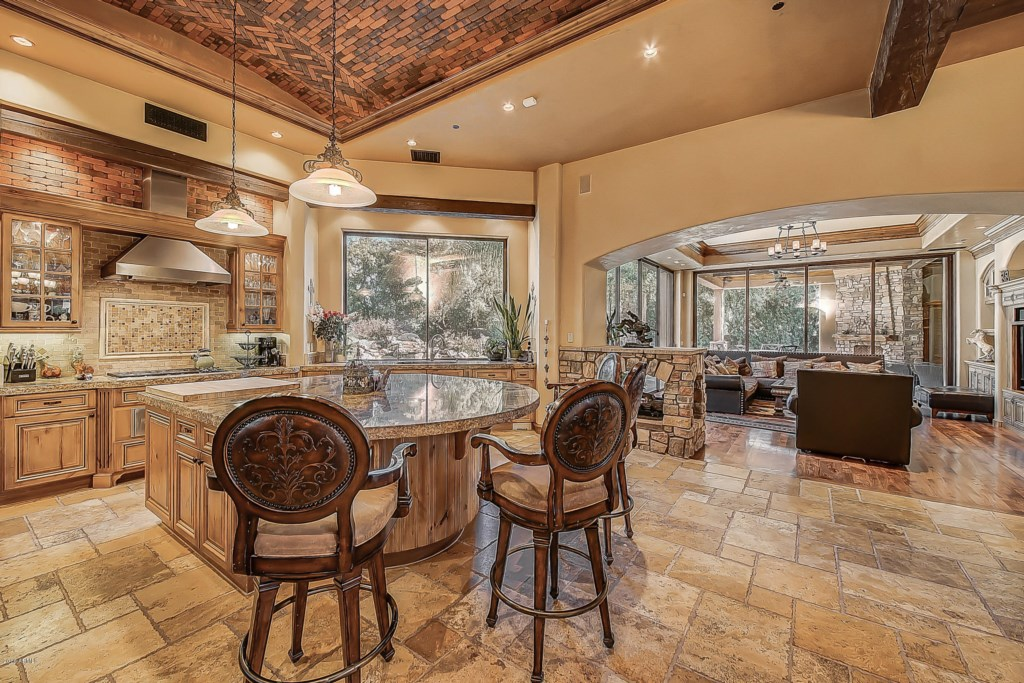 Kitchen-Open-Floorplan-View