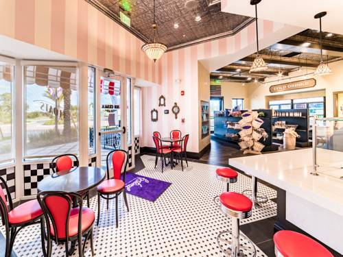 Community Ice Cream parlor