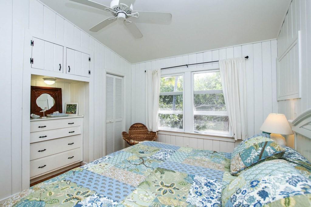 Cott 16 Bedroom b.jpg