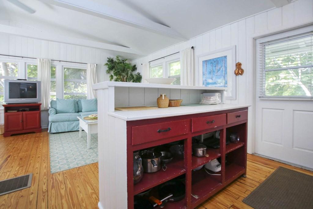 Cott 16 Kitchen c.jpg