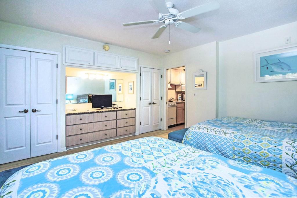 C1 Bedroom b (2).jpg