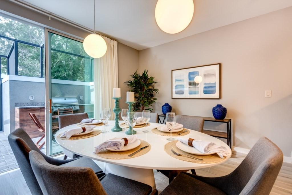 Modern New 4 Bed Villa 15 Mins to Disney LRT4 4437