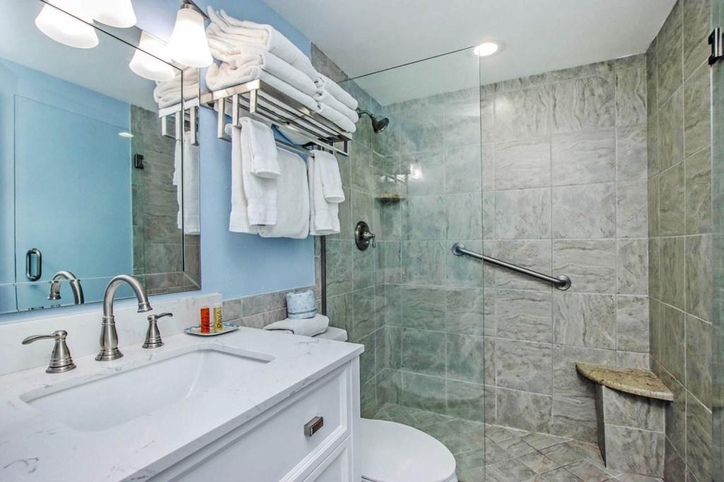 C10 Bathroom.jpg