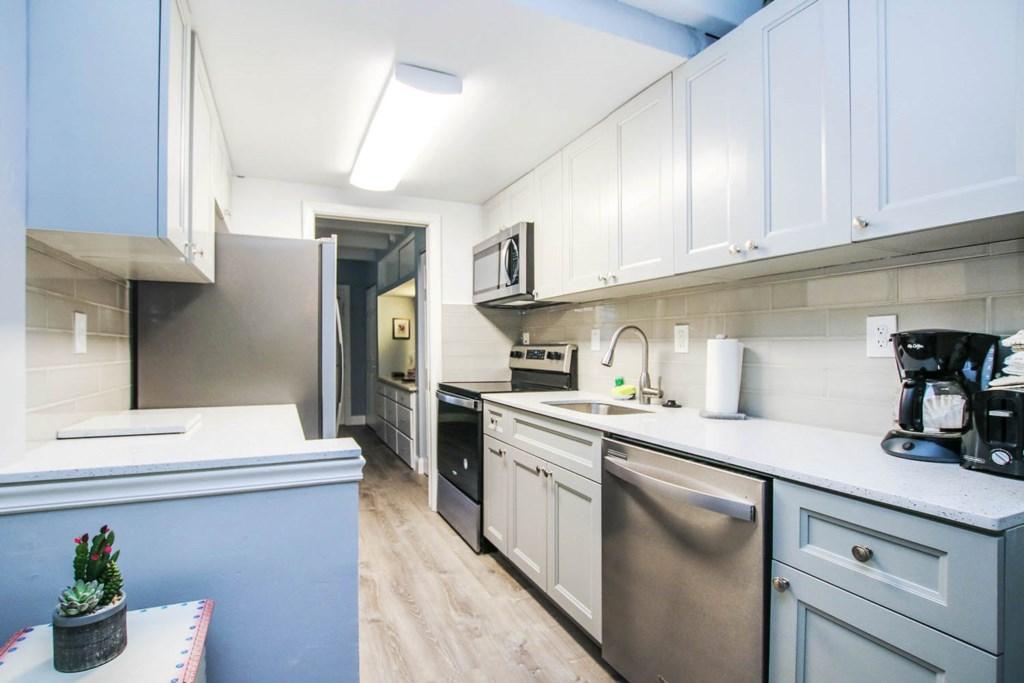C 16 Kitchen a.jpg