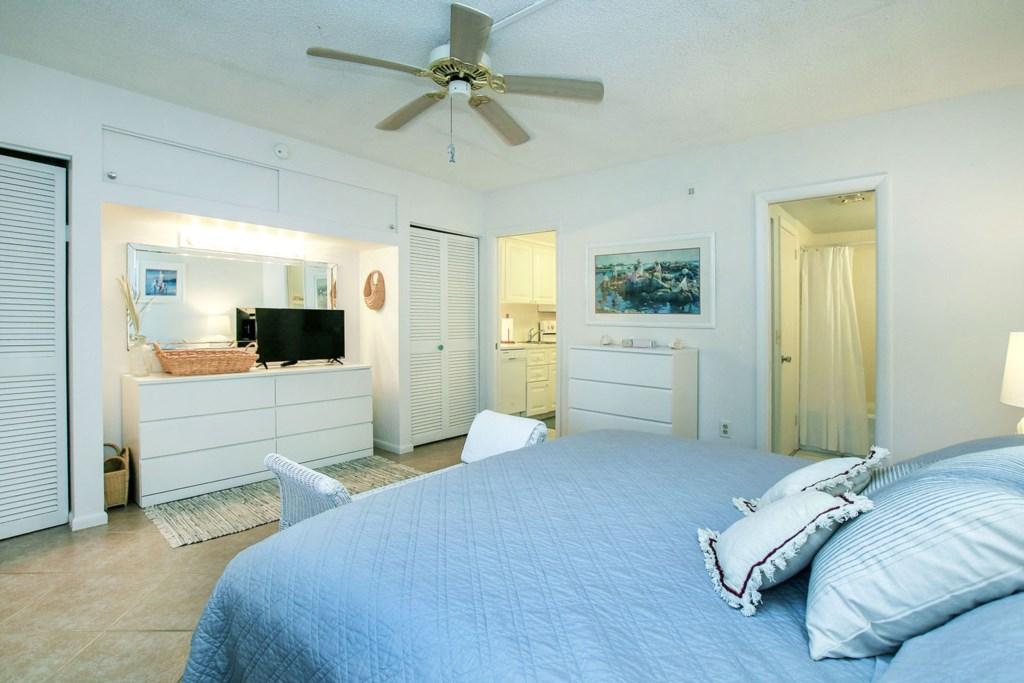 C53 Bedroom b.jpg