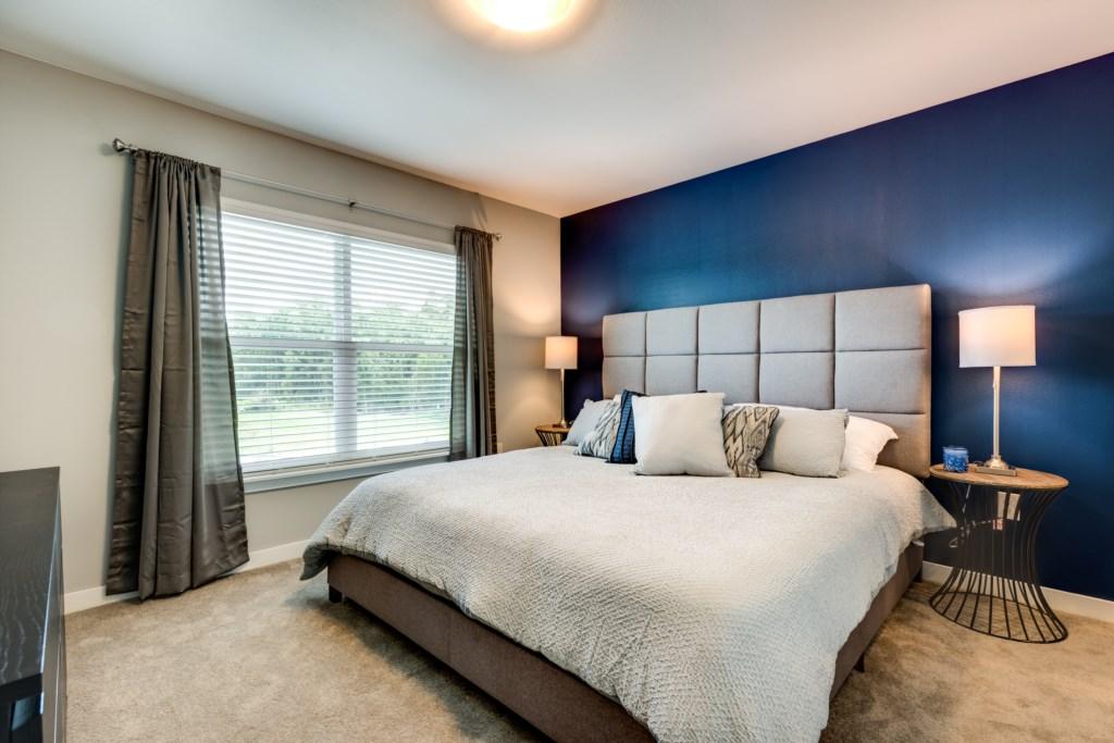 Modern New 4 Bed Villa 15 Mins to Disney LRT4 4449