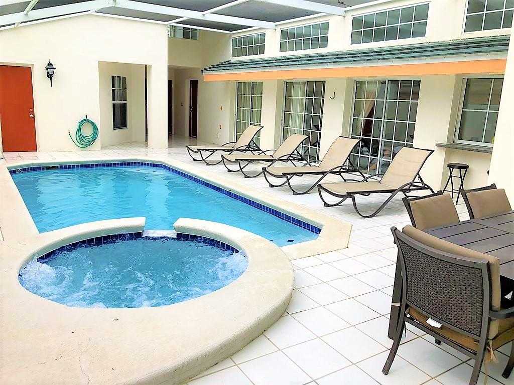3221 Pool.jpg