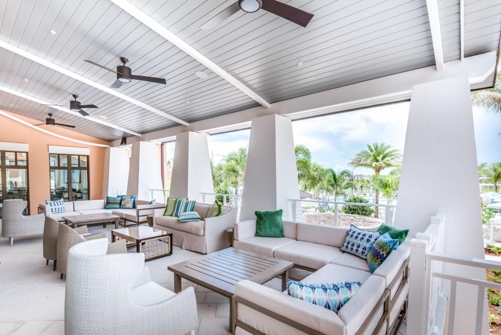 Solara Outdoor Lounge