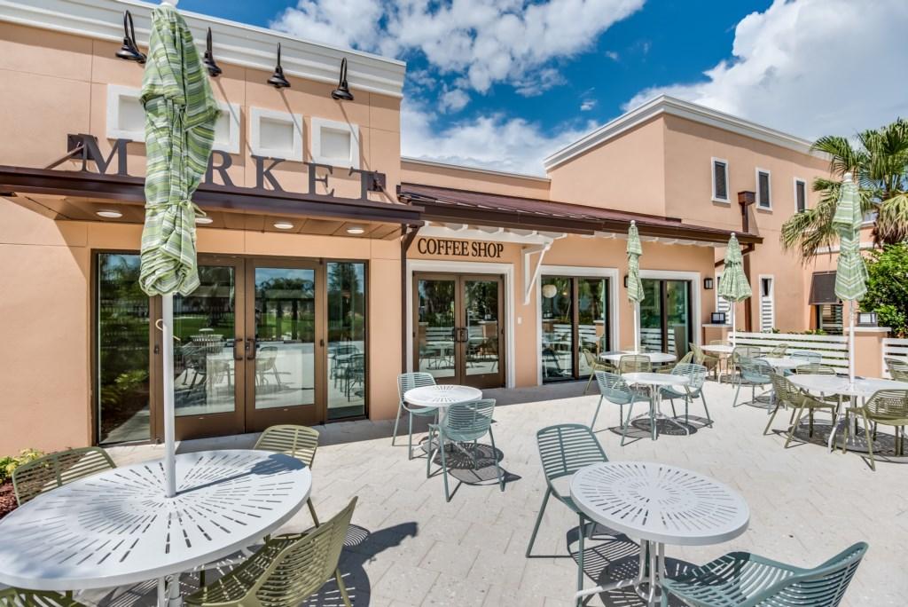 Solara Resort Outdoor Dining
