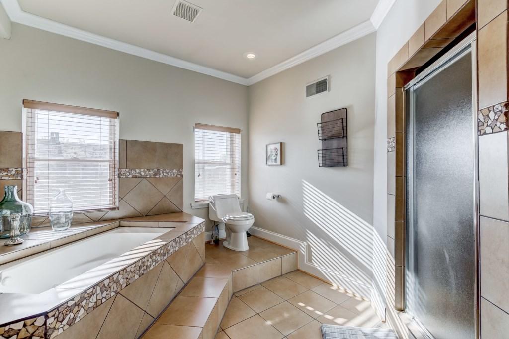 Master Bathroom Photo 3 of 6
