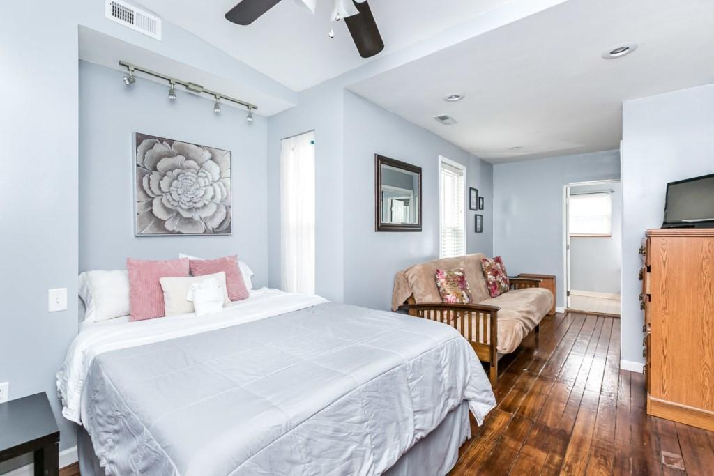Guest Bedroom #2 Photo 1 of 3