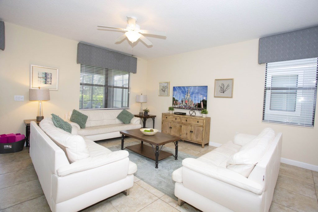 1402MoonValleyDrive-championsGate-1026