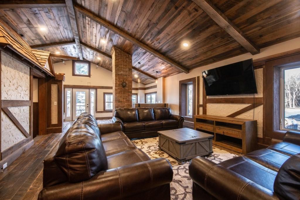 Calderwood Lodge-29.jpg