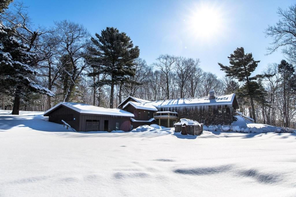Calderwood Lodge-3.jpg