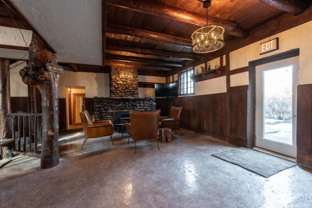 Calderwood Lodge-38.jpg