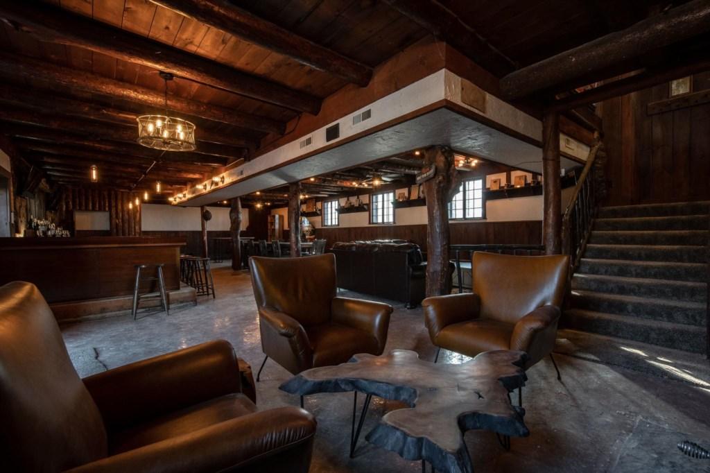 Calderwood Lodge-46.jpg