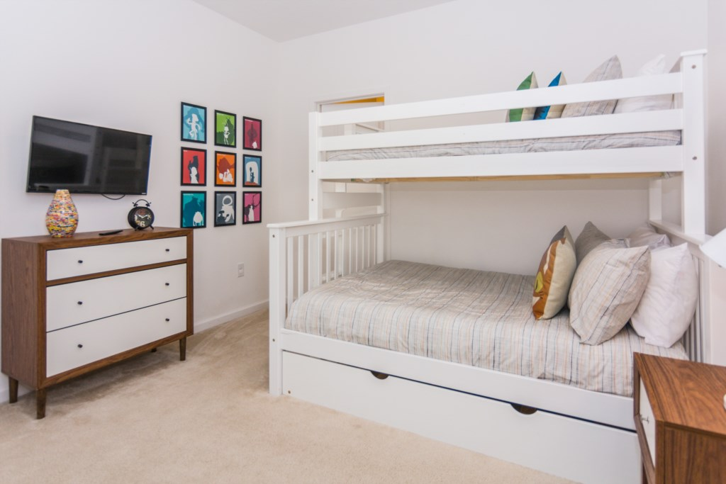 Bunk Bedroom 3.jpg