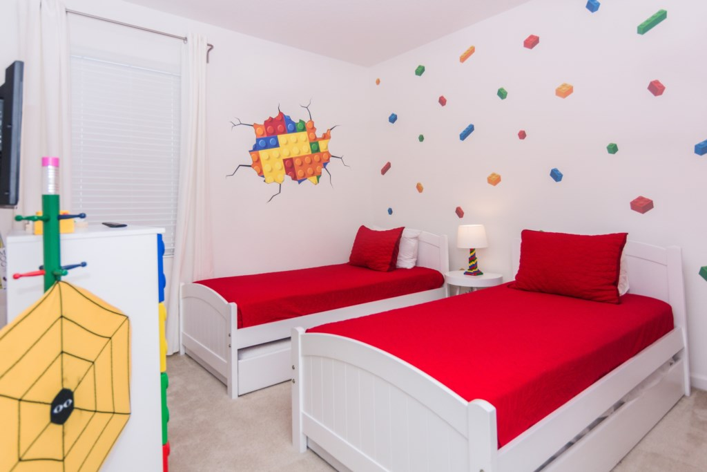 Lego Twin Bedroom 1.jpg