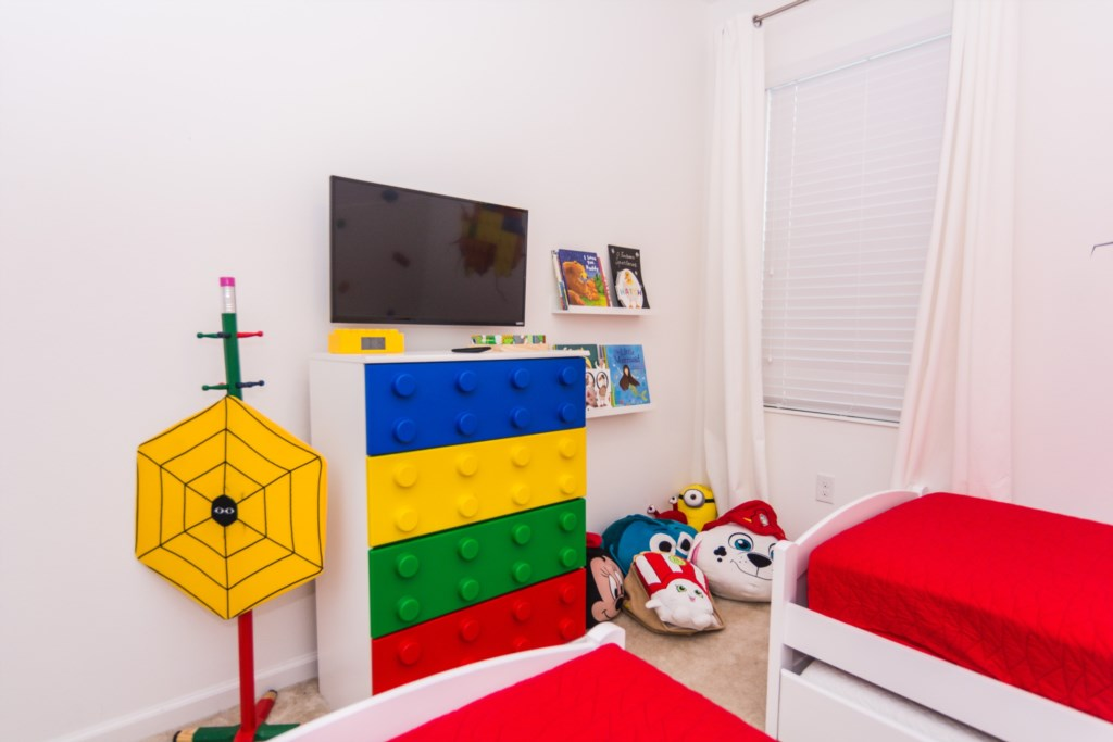Lego Twin Bedroom 3.jpg