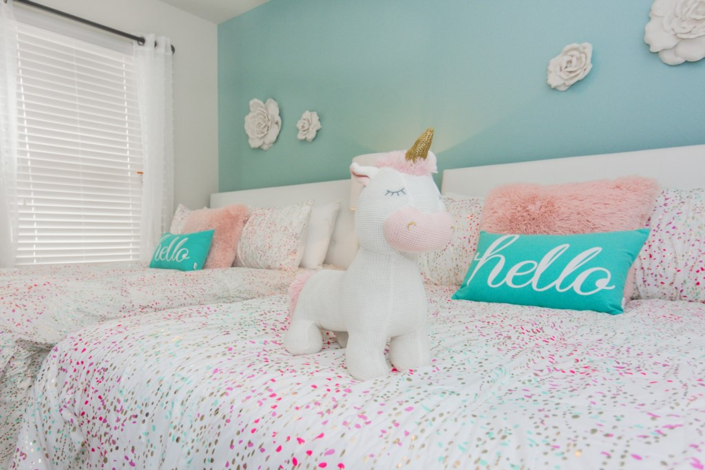 Unicorn Bedroom 3.jpg