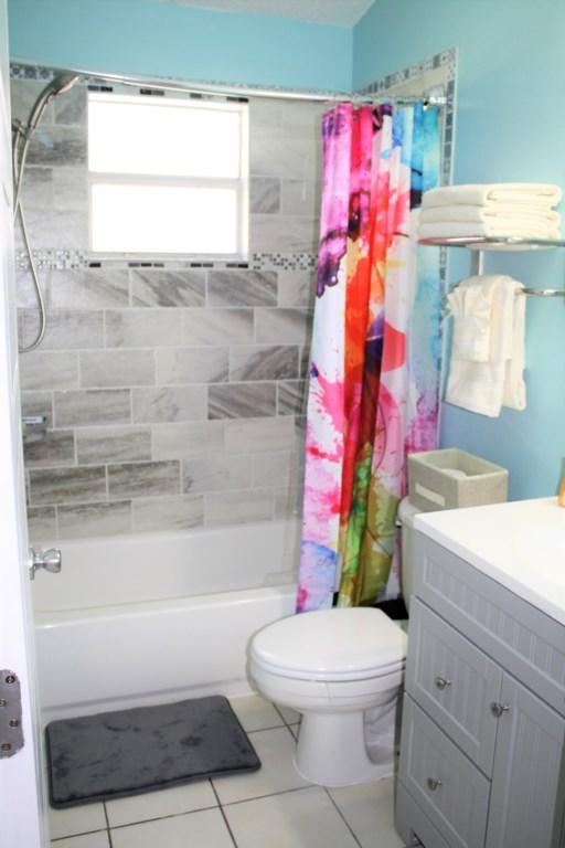 Spectacular new tiled bath/shower!
