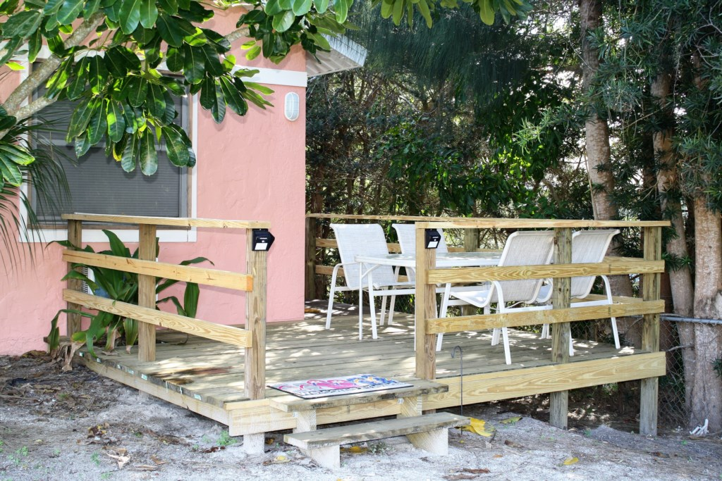 Outdoor dining for up to four.