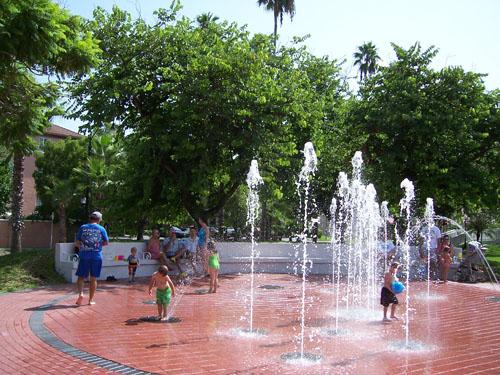 FountainatCentinnialParkinVenice