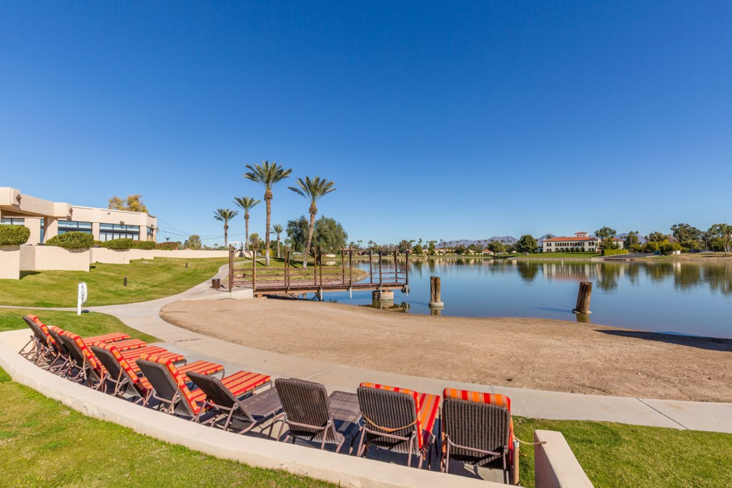 Lounge-Chairs-Near-Lake.jpg