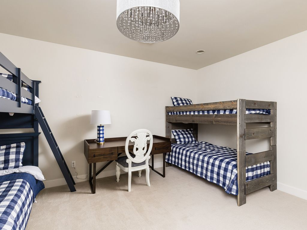 2nd Bedroom with 2 Full over Full Bunk beds and 1 Twin over Twin Bunk Bed (6 Beds Total)